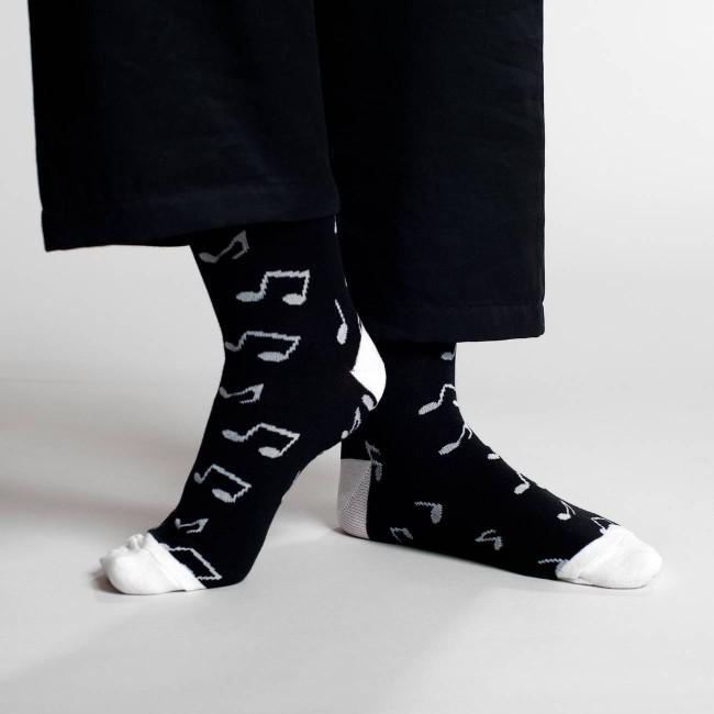 Chaussettes hautes noires motifs notes en coton bio - Dedicated num 1