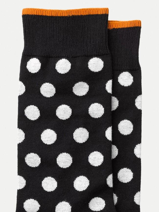 Chaussettes hautes à pois noires en coton bio - olsson - Nudie Jeans num 1