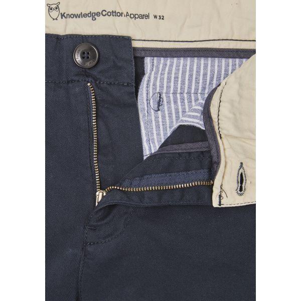 Short chino bleu marine foncé en coton bio - Knowledge Cotton Apparel num 2