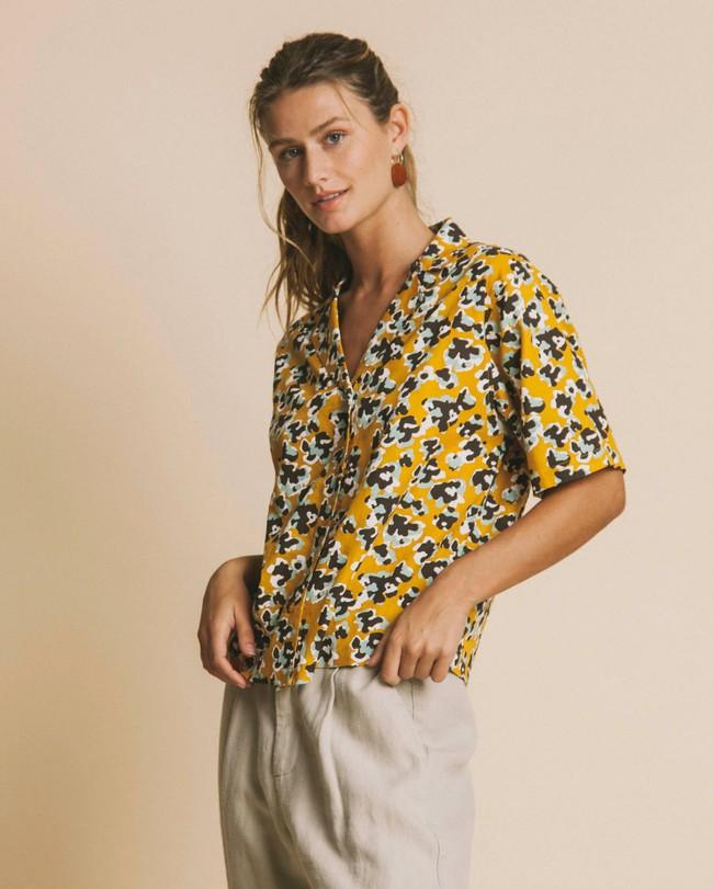 Blouse jaune imprimé fleurs en coton bio - flowers lomami - Thinking Mu