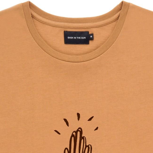 T-shirt en coton bio brown high five - Bask in the Sun num 1
