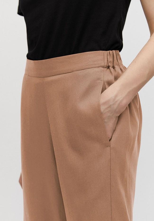 Pantalon ample camel en tencel - kamalaa - Armedangels num 3