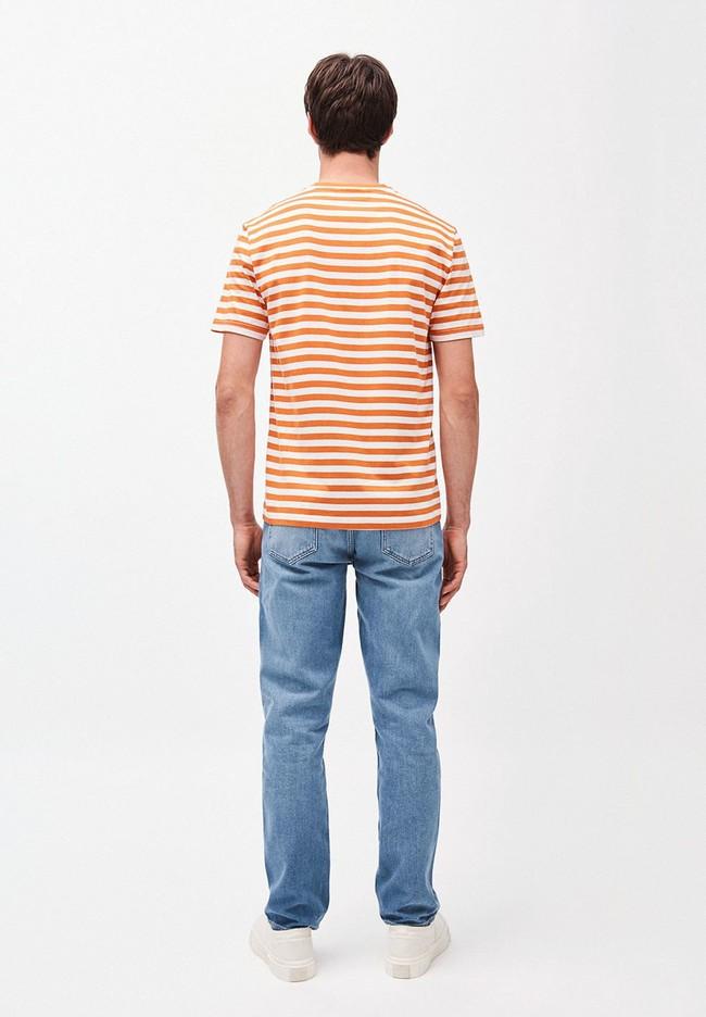 T-shirt rayé orange et blanc en coton bio - jaames breton - Armedangels num 1
