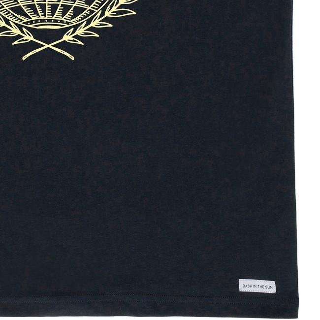 T-shirt en coton bio black traveller - Bask in the Sun num 3