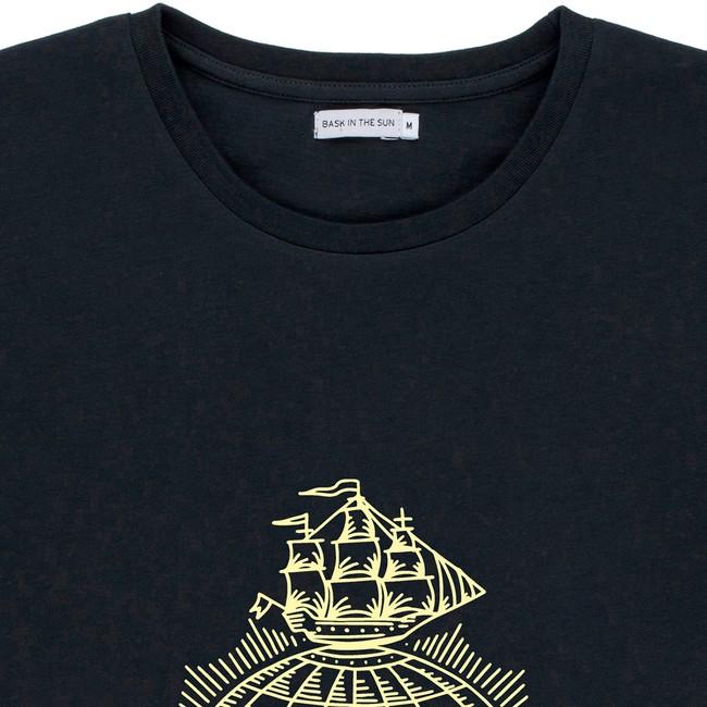 T-shirt en coton bio black traveller - Bask in the Sun num 1