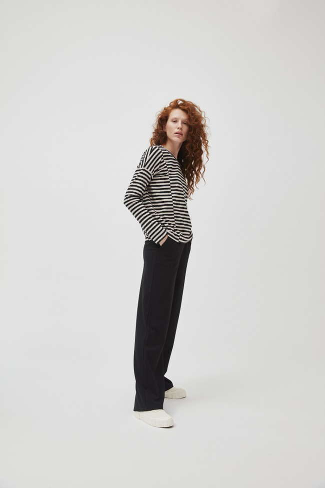 Pantalon large noir en lenzing - hannaa - Armedangels
