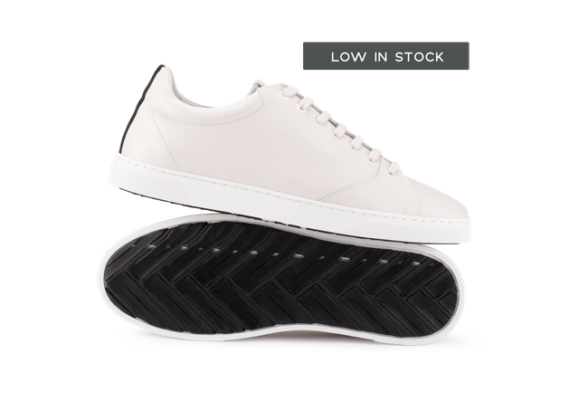 Chaussure en gravière cuir crème / semelle blanc - Oth