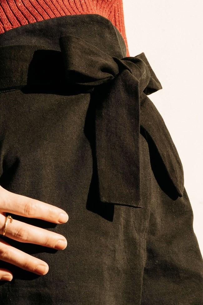 Le Pantalon Zephyr Noir en coton bio - Atelier Unes num 1