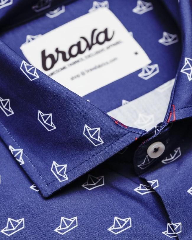 Printed shirt paper boat - Brava Fabrics num 3