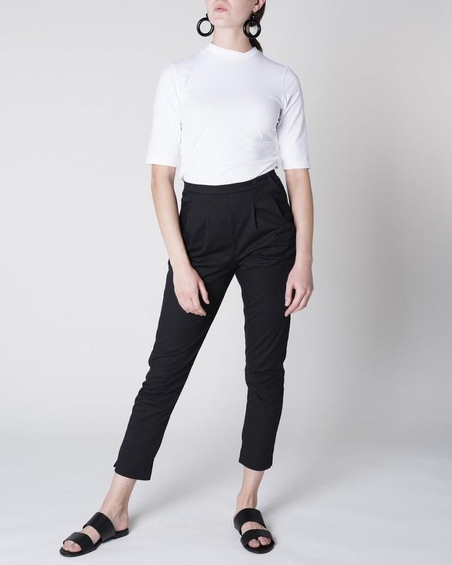 Pantalon à pinces noir - page - Jan'n June num 1