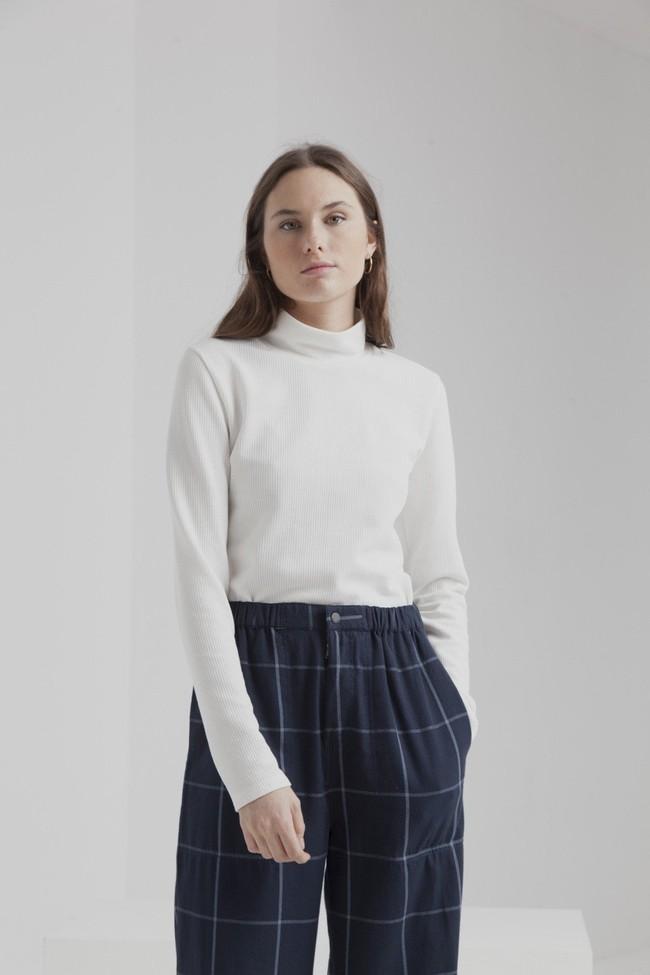 T-shirt manches longues col roulé blanc en coton bio - ellen rib - Thinking Mu num 1