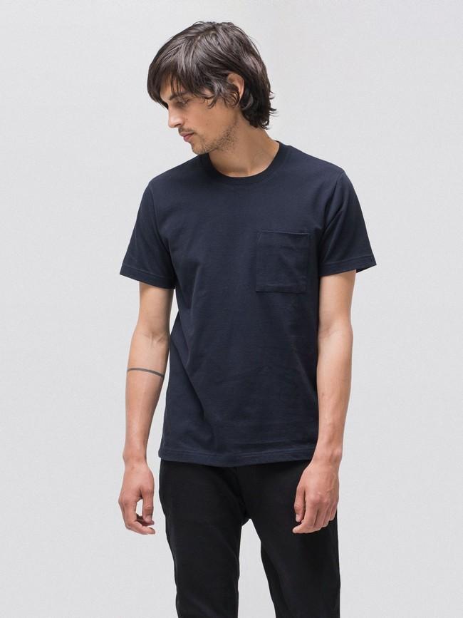 T-shirt bleu marine avec poche en coton bio - kurt - Nudie Jeans num 1