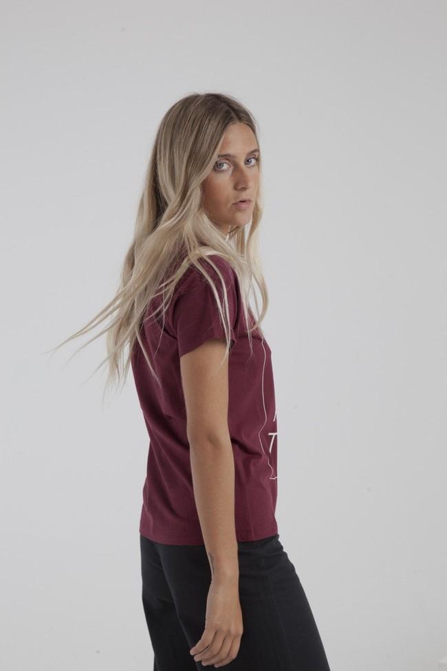 T-shirt bordeaux en coton bio - life is an attitude - Thinking Mu num 3