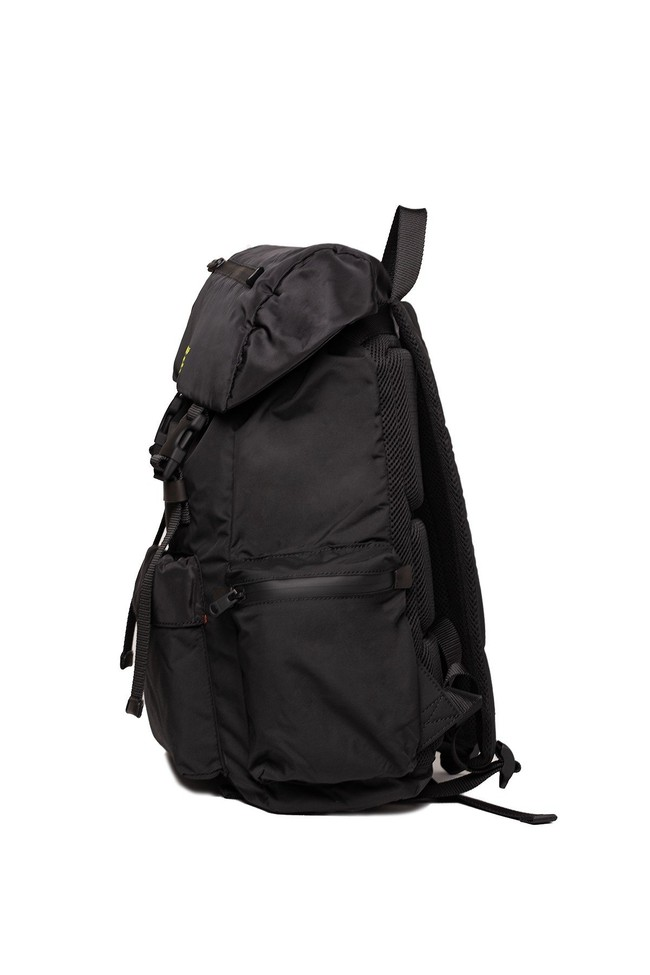 Sac à dos noir en recyclé - wild sherpa - Ecoalf num 1