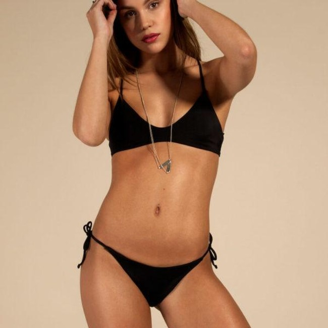 Bas de bikini noir en polyamide recyclé - Ocealah