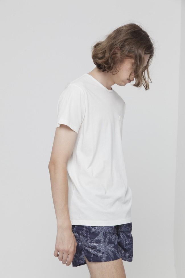 T-shirt uni blanc avec poche en coton bio - Thinking Mu num 2