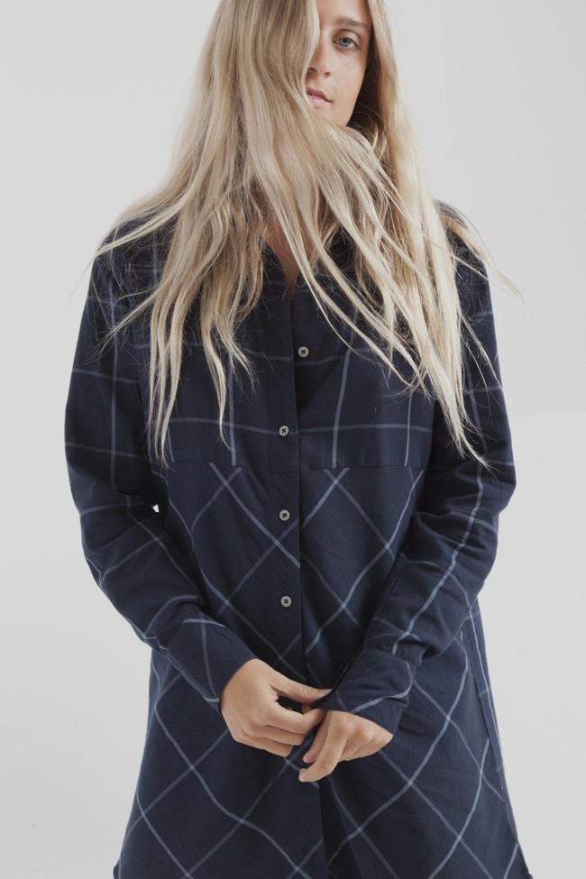 Robe chemise carreaux marine en coton bio - amanda - Thinking Mu num 1