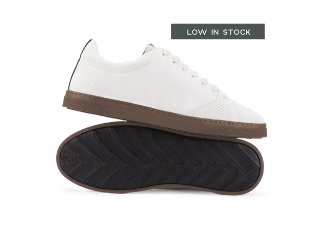 Chaussure en gravière suède off-white / semelle cappuccino - Oth