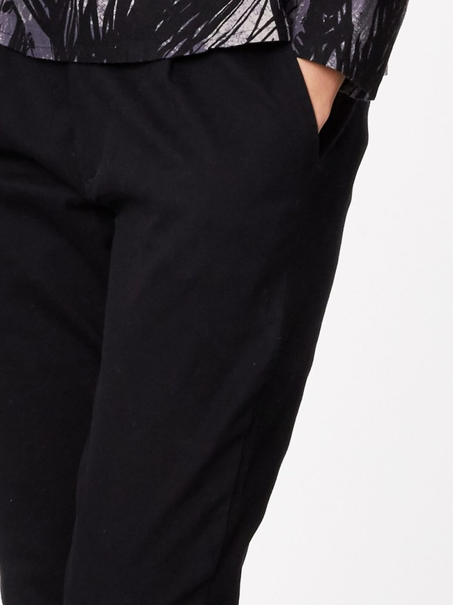 Pantalon noir en twill de coton biologique - Thought num 6