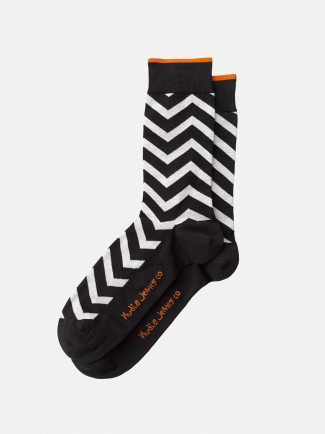 Chaussettes hautes motif zigzag noir et blanc - olsson zigzag - Nudie Jeans