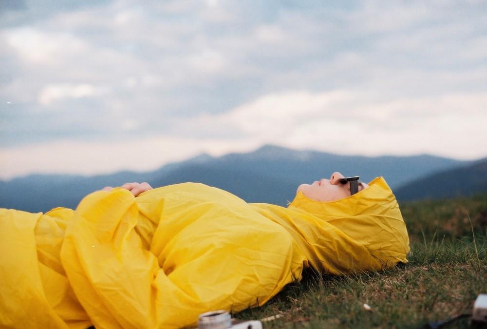 Déperlant, imperméable, comment choisir ses manteaux de pluie ?