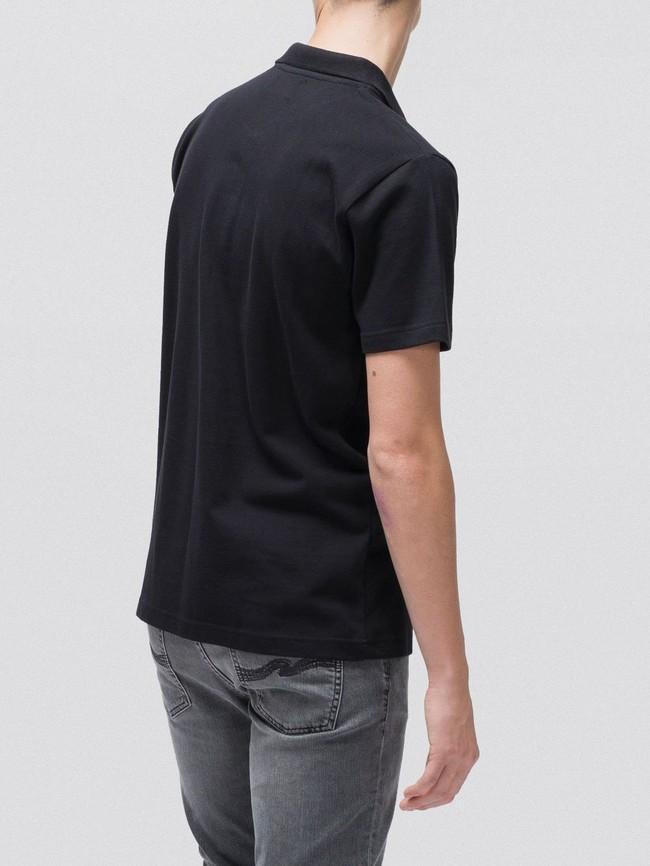 Polo uni noir en coton bio - mikael logo - Nudie Jeans num 1