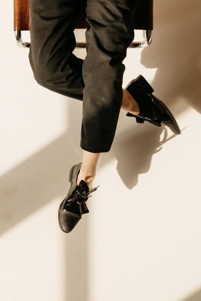 Le Pantalon Zephyr Noir en coton bio - Atelier Unes num 2