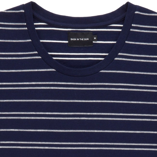 T-shirt en coton bio navy akox - Bask in the Sun num 1