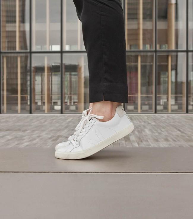 Baskets esplar white - Veja num 3