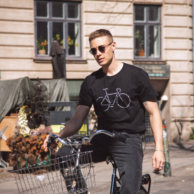 T-shirt noir motif vélo - text bike - Dedicated num 3
