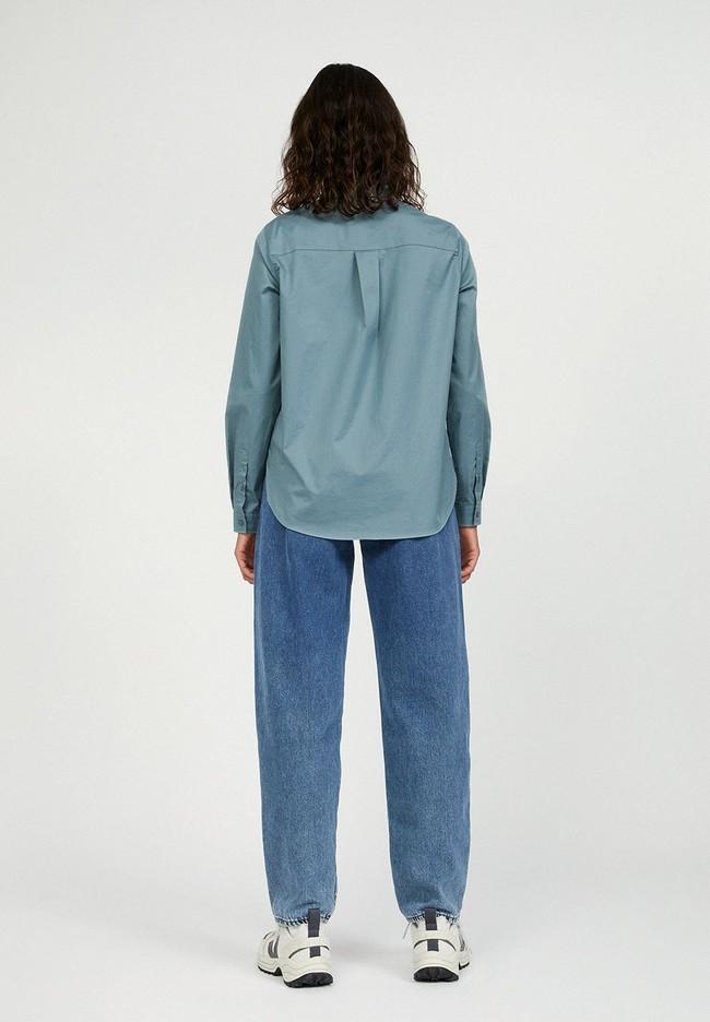 Chemise à manches longues bleue en coton bio - pernillaa - Armedangels num 2