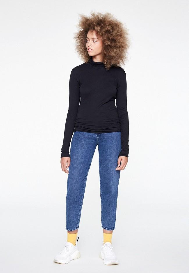 T-shirt manches longues col roulé noir en coton bio - malenaa - Armedangels num 1