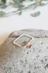 Bague carrée béton et argent - rouge rubis - Elle & Sens - 4
