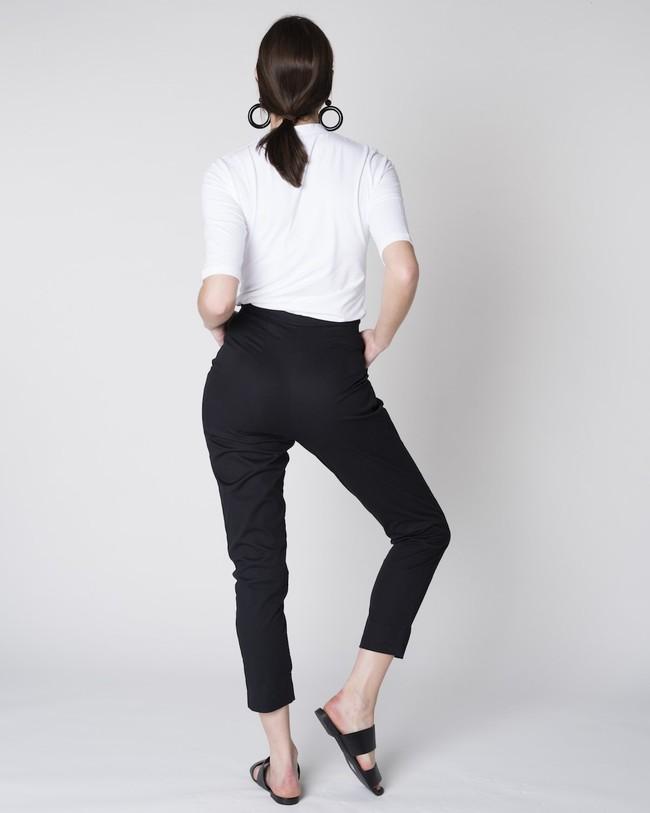 Pantalon à pinces noir - page - Jan'n June num 3