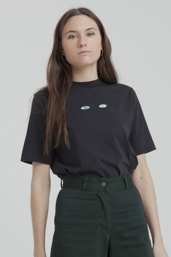 T-shirt noir brodé en coton bio - wolf eyes - Thinking Mu num 1