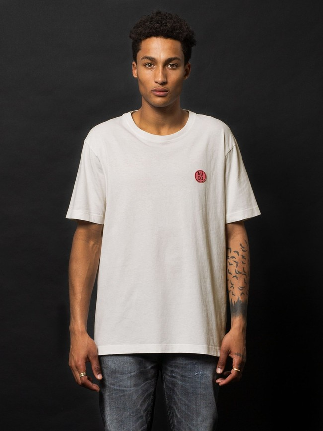 T-shirt ample blanc logo rose en coton bio - uno njco circle - Nudie Jeans