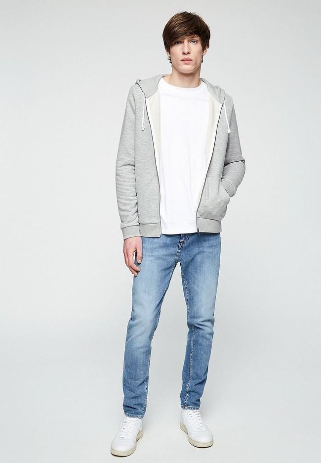 Veste zippée grise en coton bio et polyester recyclé - joaa - Armedangels num 1