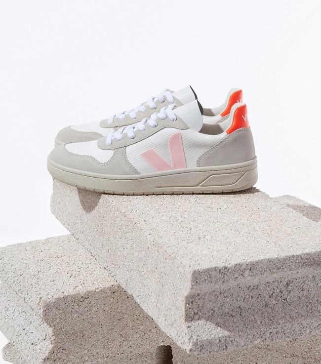 Baskets v-10 b-mesh white petale orange fluo - Veja num 3