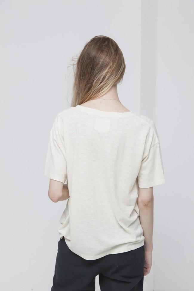 T-shirt uni col v écru en chanvre et coton bio - chloe - Thinking Mu num 1