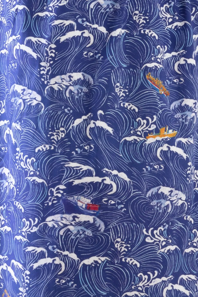 "Top ""hirondelle"" col rond motif méditerranée - Bleu Tango num 3"