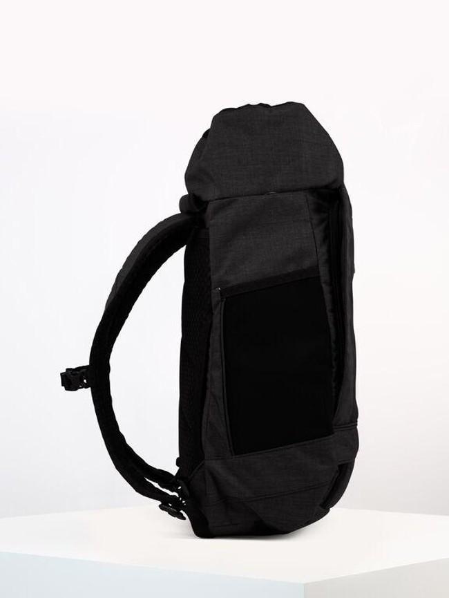 Sac à dos noir anthracite en plastique recyclé - blok medium - pinqponq num 3