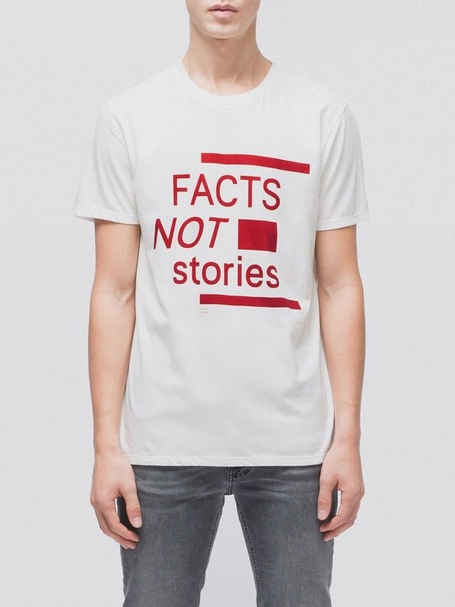 T-shirt imprimé blanc en coton bio - anders facts not stories - Nudie Jeans