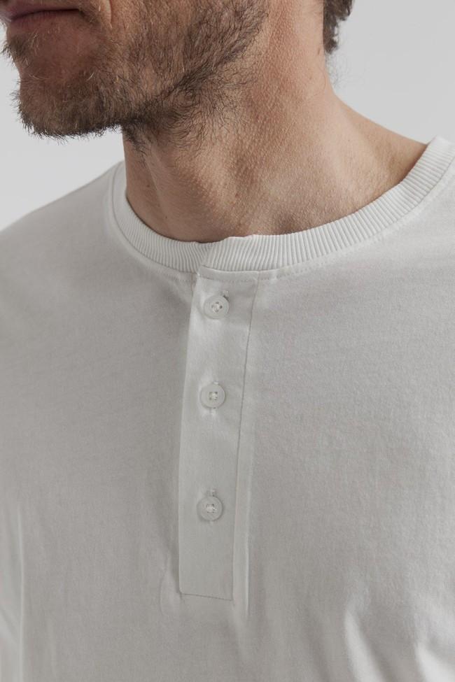 T-shirt manches longues col boutons blanc en coton bio - Thinking Mu num 1