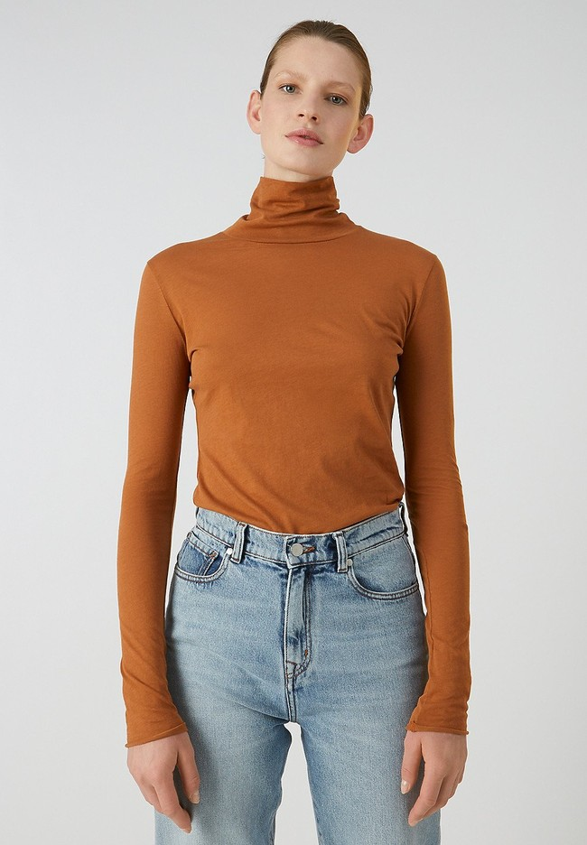 T-shirt manches longues col roulé marron en coton bio - malenaa - Armedangels