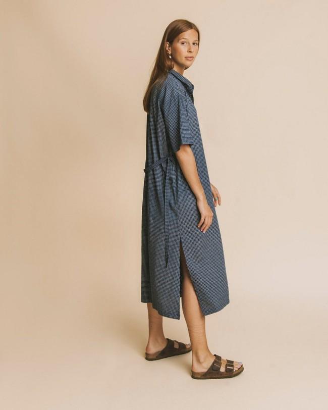 Robe longue oversize bleue en coton bio - mandy - Thinking Mu num 2