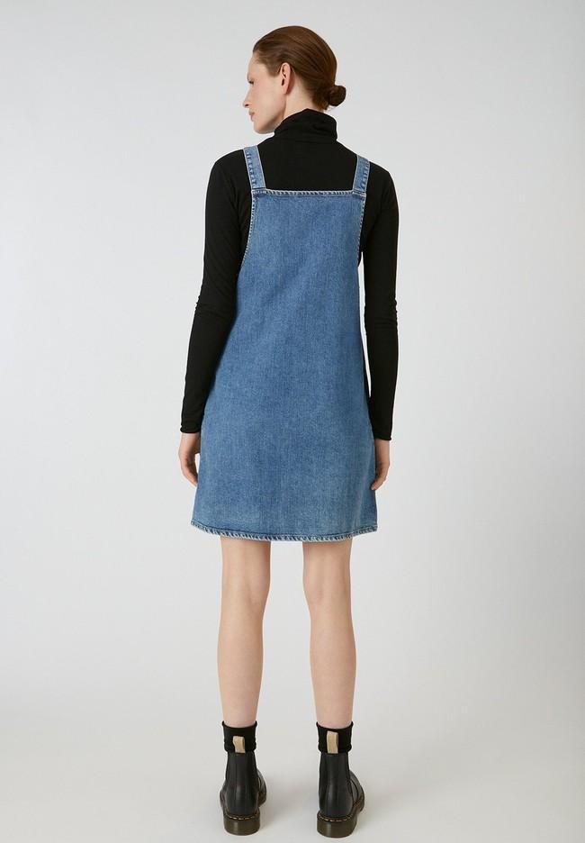 Robe salopette en jean bleu en coton bio - dainaa - Armedangels num 2