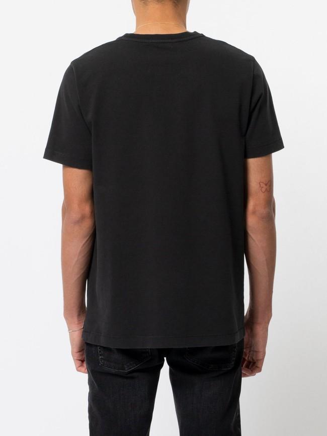 T-shirt noir en coton bio - roy logo boy - Nudie Jeans num 2