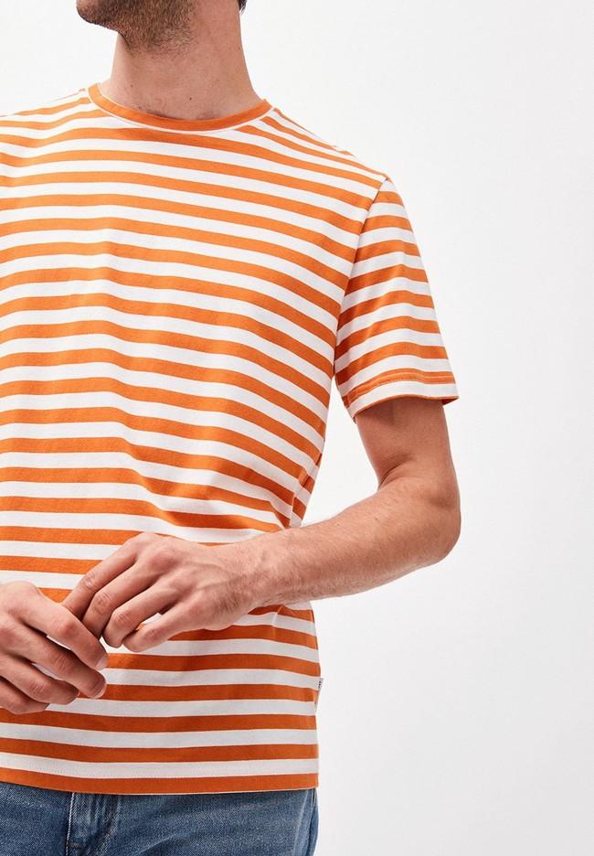 T-shirt rayé orange et blanc en coton bio - jaames breton - Armedangels num 2