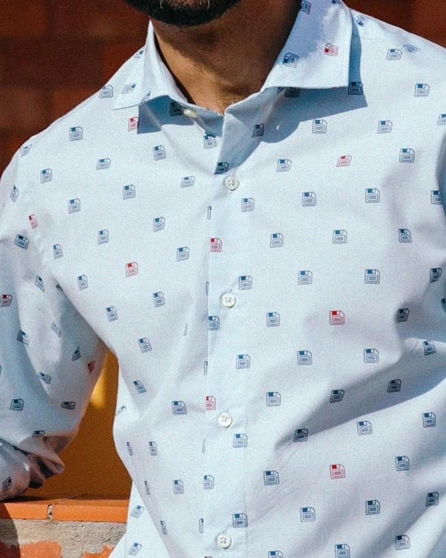 90's diskettes printed shirt - Brava Fabrics num 8