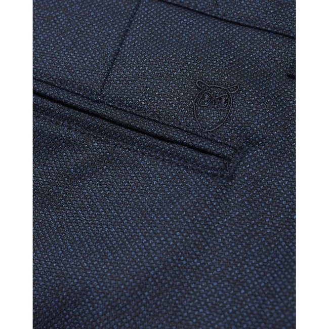 Chino slim bleu à motifs en polyester recyclé - joe - Knowledge Cotton Apparel num 2